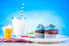 Γλυκός κόσμος καραμελών, muffins Στοκ εικόνα με δικαίωμα ελεύθερης χρήσης