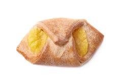 Γλυκό κουλούρι ψωμιού με την κίτρινη κρέμα Στοκ εικόνα με δικαίωμα ελεύθερης χρήσης