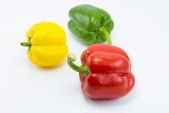 Γλυκό πιπέρι κουδουνιών στο άσπρο υπόβαθρο Στοκ Εικόνες