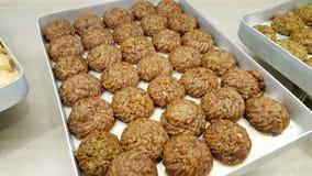 Γλυκό τουρκικό επιδόρπιο με semolina στοκ εικόνες