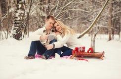 Γλυκό τσάι κατανάλωσης ζευγών Στοκ Φωτογραφίες