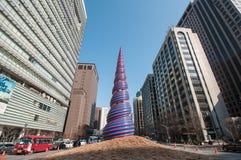 Γλυπτό άνοιξη στο ρεύμα Cheonggyecheon Στοκ Εικόνες
