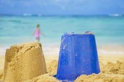 Γλυπτό και παιχνίδι στην αμμώδη παραλία Στοκ Εικόνα