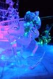 Γλυπτό πάγου των κινούμενων σχεδίων του Ariel πριγκηπισσών της Disney Στοκ Φωτογραφία