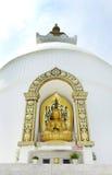Γλυπτό στο stupa Shanti Στοκ εικόνες με δικαίωμα ελεύθερης χρήσης
