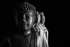 Γλυπτό του Βούδα και Avalokitasvara Bodhisattva/Guan Yin/Guanshiyin στοκ φωτογραφίες