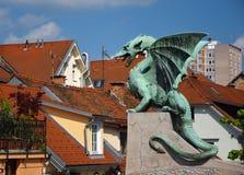 Γλυπτό του δράκου στο Λουμπλιάνα, Σλοβενία Στοκ Εικόνα