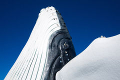 Γλυπτό φαλαινών στη μαρίνα κόλπων Hervey στοκ φωτογραφίες