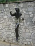 Γλυπτό χαλκού passe-Muraille, Παρίσι, Γαλλία Στοκ φωτογραφία με δικαίωμα ελεύθερης χρήσης