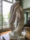 Γλυπτό Rodin του καθεδρικού ναού στη στοά του μουσείου Rodin, Παρίσι, Γαλλία Στοκ Φωτογραφίες