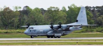 Γ-130 Hercules, μεταφορικό αεροπλάνο Στοκ Φωτογραφίες
