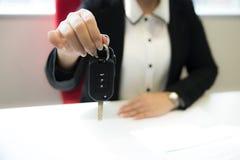 Δάνειο, μίσθωση και έννοια ενοικίου αυτοκινήτων στοκ φωτογραφίες με δικαίωμα ελεύθερης χρήσης