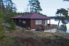 δάση λιμνών καμπινών Στοκ Εικόνες