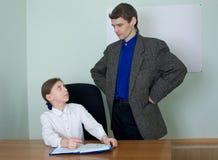 δάσκαλος μαθητριών βιβλί&om Στοκ Εικόνα