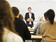 Δάσκαλος στην τάξη Στοκ Φωτογραφίες