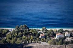 Δάσος και θάλασσα εδάφους Στοκ φωτογραφία με δικαίωμα ελεύθερης χρήσης