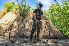 Δέλτα Δούναβη, Ρουμανία, το Μάιο του 2018: Παραδοσιακός ψαράς σε Δούναβη στοκ φωτογραφίες με δικαίωμα ελεύθερης χρήσης