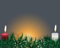 Δέντρο έλατου Χριστουγέννων με τη διακόσμηση στον γκρίζο πίνακα Φωτεινό κείμενο Χαρούμενα Χριστούγεννας διακοσμήσεις Χριστου&gamm Στοκ φωτογραφία με δικαίωμα ελεύθερης χρήσης
