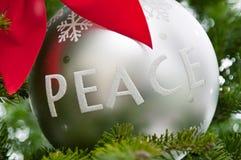 δέντρο ειρήνης διακοσμήσ&eps Στοκ Εικόνες