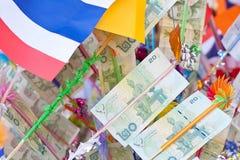 Δέντρο χρημάτων σε μια παραδοσιακή βουδιστική τελετή, Kathin, Ταϊλάνδη Στοκ Εικόνα