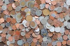 Δέσμη των καναδικών νομισμάτων στην αγορά Στοκ εικόνες με δικαίωμα ελεύθερης χρήσης
