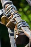Δέσμη των κλειδαριών μέταλλο κλειδωμάτων Ασφάλεια, ασφαλής στοκ φωτογραφία με δικαίωμα ελεύθερης χρήσης