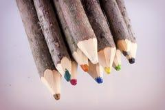 Δέσμη των μεγάλων φυσικών χρωματισμένων μολυβιών Στοκ Εικόνες