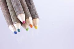 Δέσμη των μεγάλων φυσικών χρωματισμένων μολυβιών Στοκ φωτογραφία με δικαίωμα ελεύθερης χρήσης