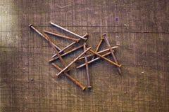 Δέσμη των σκουριασμένων καρφιών Στοκ Εικόνα
