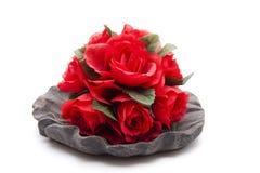 Δέσμη των τριαντάφυλλων στο κύπελλο στοκ φωτογραφίες με δικαίωμα ελεύθερης χρήσης