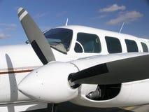 δίδυμο αεροπλάνων επιχειρησιακών μηχανών στοκ εικόνες με δικαίωμα ελεύθερης χρήσης
