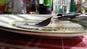 Δίκρανο στο πιάτο Στοκ εικόνα με δικαίωμα ελεύθερης χρήσης