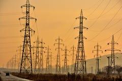 Δίκτυο πόλων ηλεκτρικής ενέργειας Στοκ φωτογραφίες με δικαίωμα ελεύθερης χρήσης