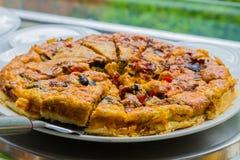 Δίσκος πίτα στο γεγονός πικ-νίκ φεστιβάλ ανοίξεων στοκ φωτογραφία με δικαίωμα ελεύθερης χρήσης