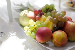 Δίσκος φρούτων Στοκ εικόνα με δικαίωμα ελεύθερης χρήσης