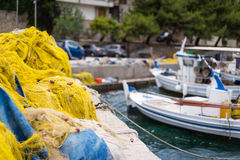 Δίχτυα του ψαρέματος και βάρκες στοκ εικόνες με δικαίωμα ελεύθερης χρήσης