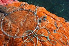 Δίχτυα του ψαρέματος με τα επιπλέοντα σώματα στοκ εικόνες