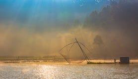 Δίχτυ του ψαρέματος στον ποταμό Στοκ φωτογραφία με δικαίωμα ελεύθερης χρήσης