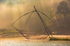 Δίχτυ του ψαρέματος στον ποταμό Στοκ εικόνα με δικαίωμα ελεύθερης χρήσης