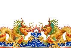 Δίδυμα χρυσά αγάλματα δράκων στο κινεζικό ύφος Στοκ Φωτογραφίες