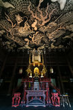 Δίδυμοι δράκοι που χρωματίζουν στο ανώτατο όριο στο ναό Kennin-kennin-ji Στοκ Εικόνες
