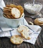 Δαγκώματα Pita με τη σάλτσα τυριών στοκ φωτογραφίες