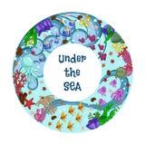 Δακτύλιο με τη θαλάσσια ζωή: ψάρια, μέδουσα, αστερίας, κοράλλια και φύκι Κείμενο: κάτω από τη θάλασσα το χέρι σύρει την τέχνη διανυσματική απεικόνιση