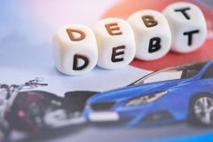 Δανείζοντας πίστωση για το χρέος αυτοκινήτων - έννοια δανείου αυτοκινήτων στοκ εικόνες