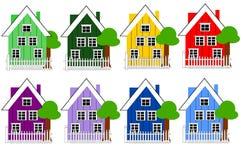 Δανικά σπίτια στις διαφορετικές παραλλαγές χρώματος ελεύθερη απεικόνιση δικαιώματος