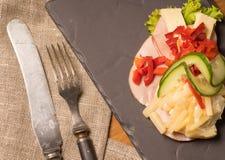 Δανικές ειδικότητες και εθνικά πιάτα, υψηλής ποιότητας ανοικτό σάντουιτς Στοκ Εικόνες