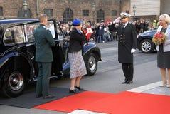 ΔΑΝΙΚΑ ROYALS ΦΘΆΝΟΥΝ ΣΤΟ ΆΝΟΙΓΜΑ PARLIAMNT Στοκ εικόνες με δικαίωμα ελεύθερης χρήσης