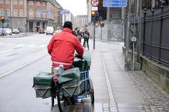 ΔΑΝΙΚΟΣ MAILMAN Στοκ φωτογραφίες με δικαίωμα ελεύθερης χρήσης