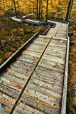 δασική διάβαση πεζών ξύλινη Στοκ φωτογραφίες με δικαίωμα ελεύθερης χρήσης