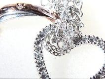 Δαχτυλίδι και καρδιά Neckless Στοκ εικόνα με δικαίωμα ελεύθερης χρήσης